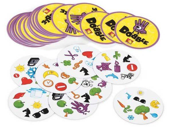10 Leuke Kaartspelletjes om Thuis te Spelen